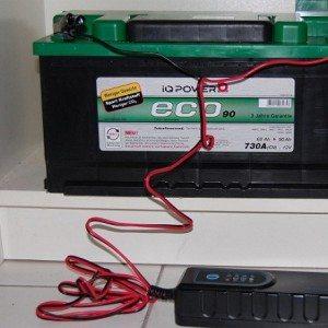 kak-pravilno-zaryadit-avtomobilnyj-akkumulyator-5