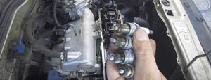 02 krjyshka i svechi 300x115 - Замена клапанов на ваз 2114 8 клапанов своими руками